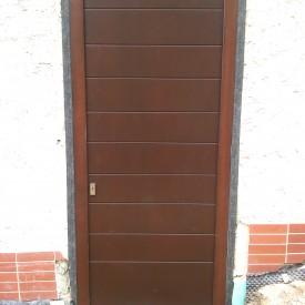 Vchodové dvere panelové falcové