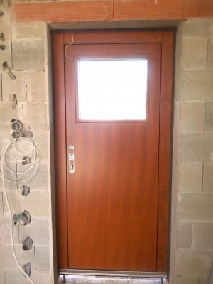 vchodové dvere so skrytým kovaním