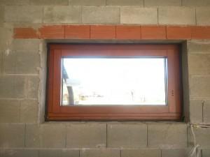 okná so skrytým kovaním