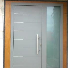 Vchodové dvere DREVO-HLINÍK