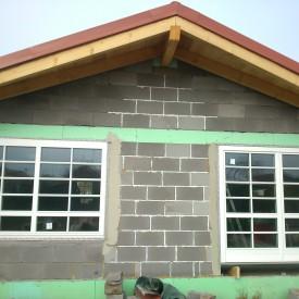 Drevené okná, profil EURO IV92 Softline s drevenými lištami na skle