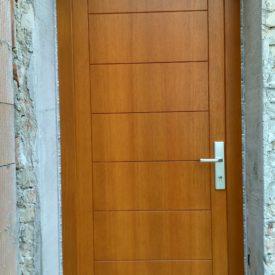 Vchodové dvere jednokrídlové panelové
