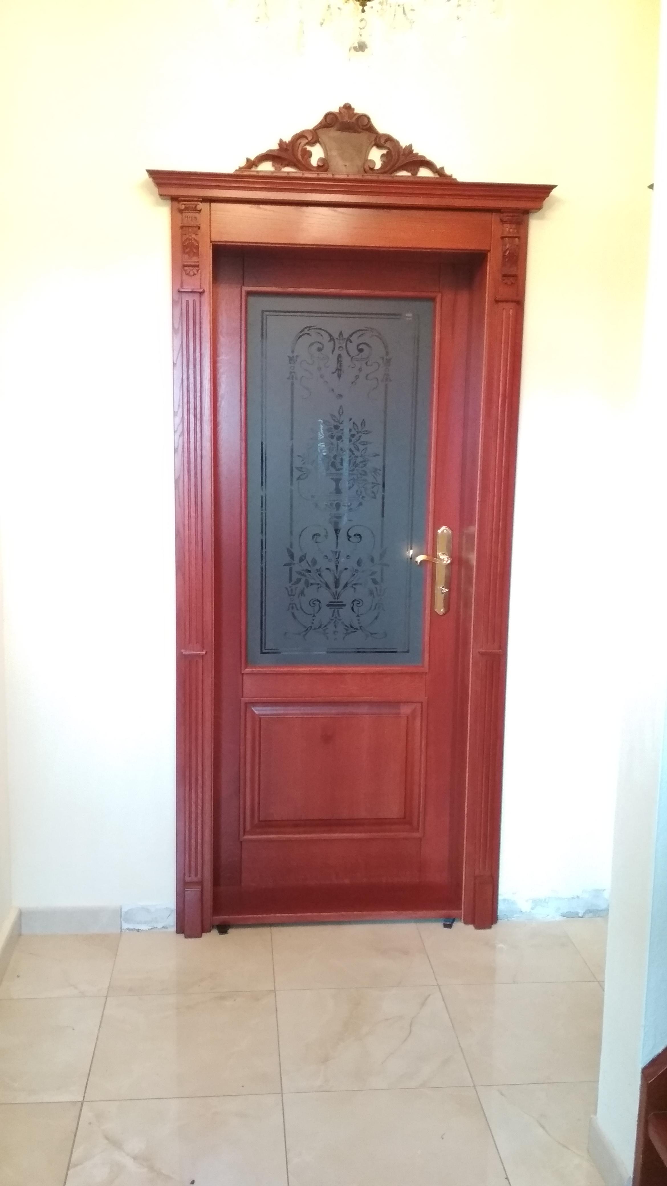 Interiérové dvere so zárubňou – dubový masív