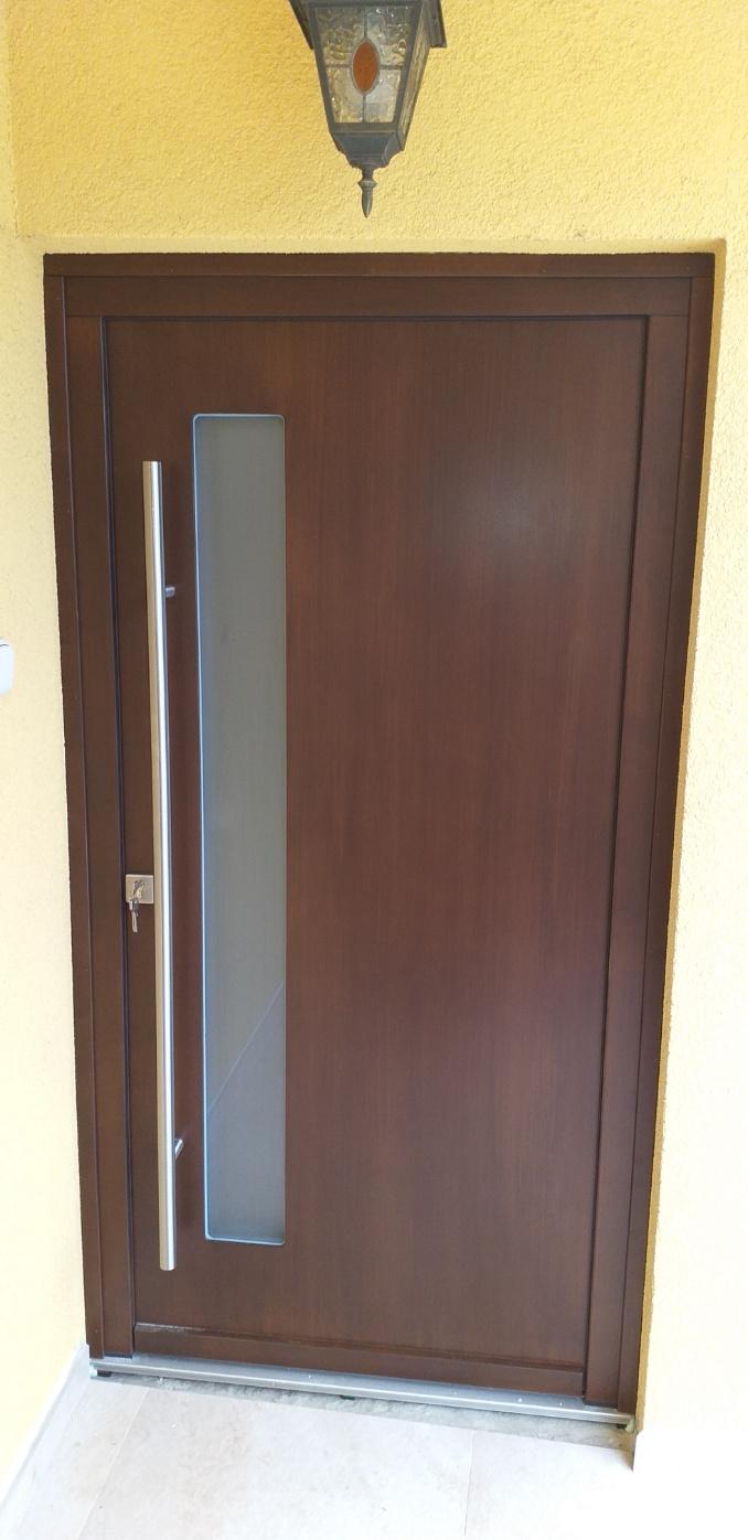 Vchodové dvere panelové